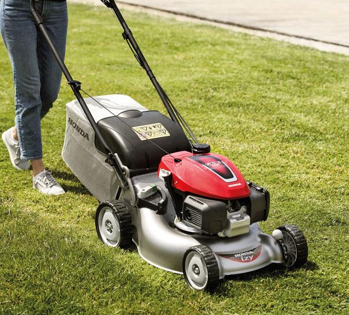 Kako da brzo i lako pokosite travu i sredite baštu?